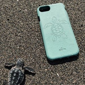 finest selection b82bf 7caa7 limited-edition Turtle Pela phone case for iPhone NWT